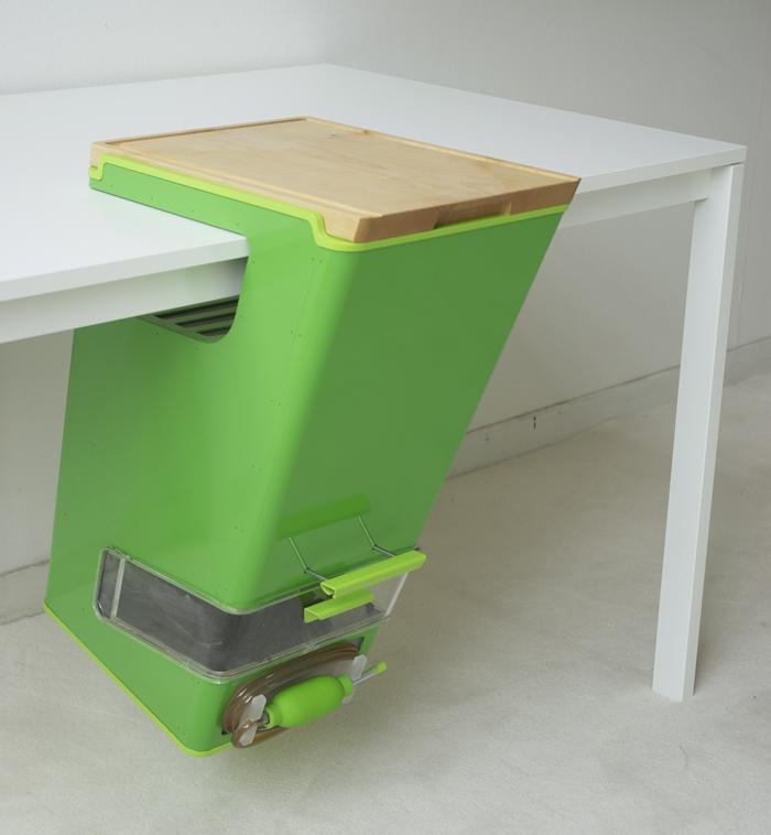 parasite farm charlotte dieckmann experimentelles design. Black Bedroom Furniture Sets. Home Design Ideas